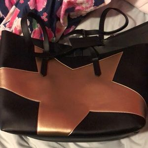 Kendall and Kylie tote bag